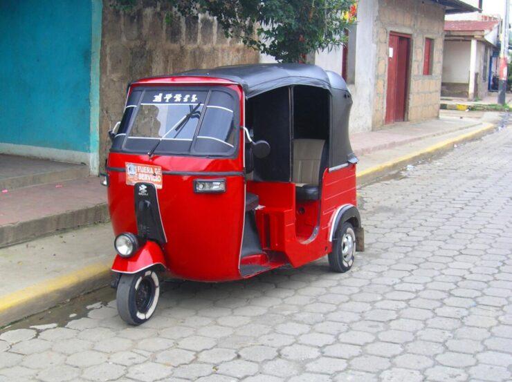 Nicaragua Auto rickshaw
